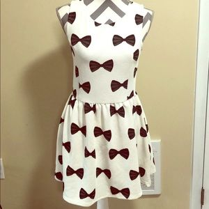 NWT H&M White and Black Bow-Tie Print A-Line Dress